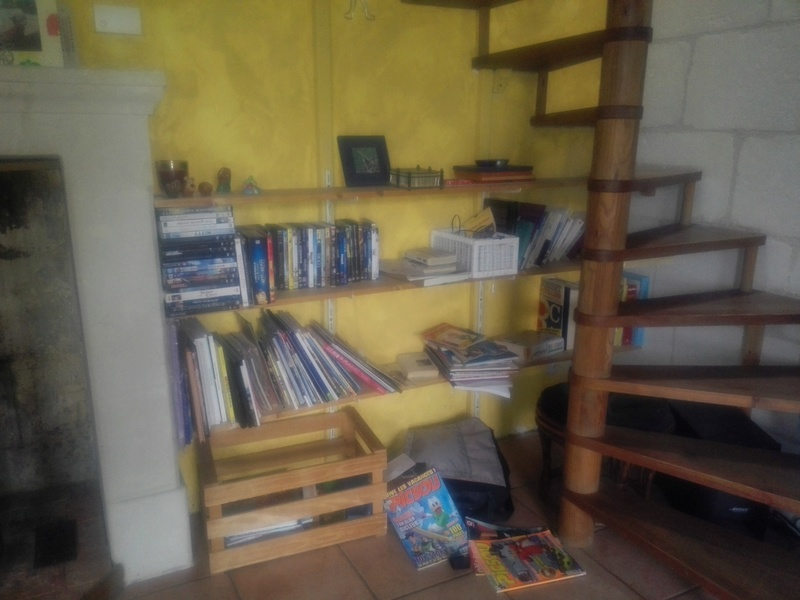 Une bibliothèque en chêne Img_2012