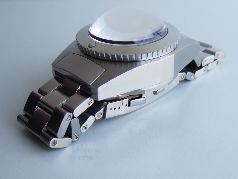 Enfin une montre pour faire la vaisselle .... Helber11