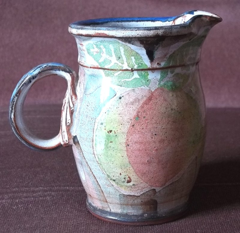 Terracotta jug with fruit WP 100_3015
