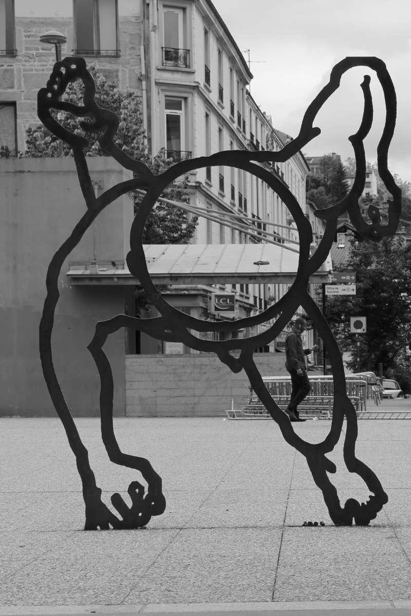 série noir et blanc divers Statue11