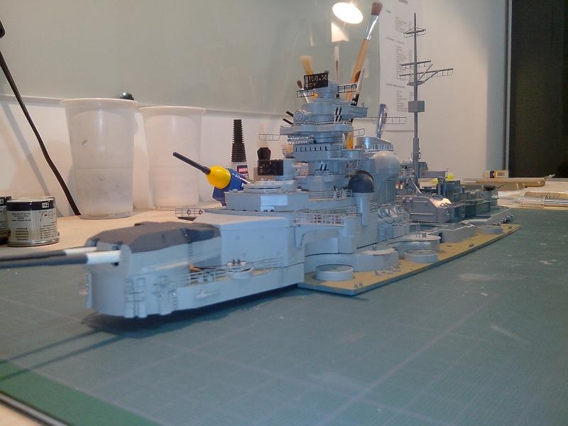 Bismarck par HellCat76 1/350 Academy, kit eduard - Page 7 Img_2034