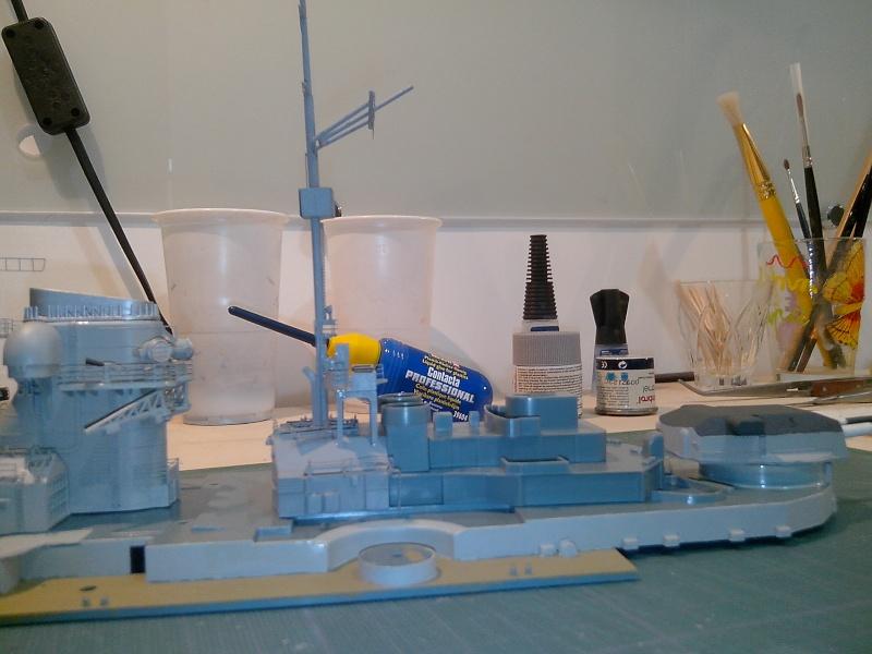 Bismarck par HellCat76 1/350 Academy, kit eduard - Page 7 Img_2036