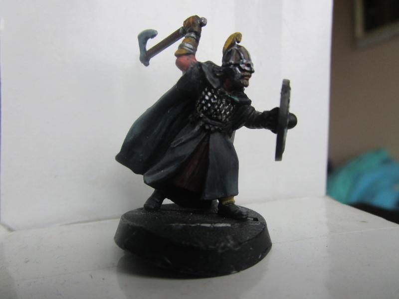 encore des figurines du seigneur des anneaux - Page 2 Img_3310