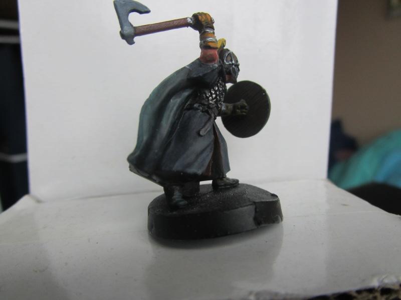 encore des figurines du seigneur des anneaux - Page 2 Img_3313
