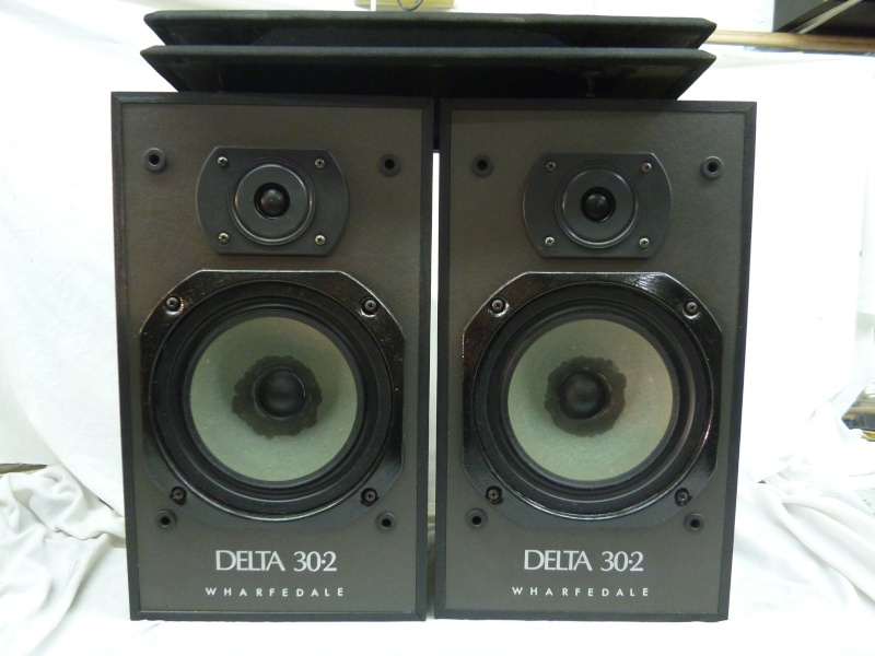 Wharfedale Delta 30.2's Bookshelf speaker (Sold) P1020210