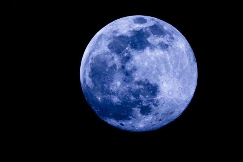 Ce week-end la Lune sera bleue Lune-b10