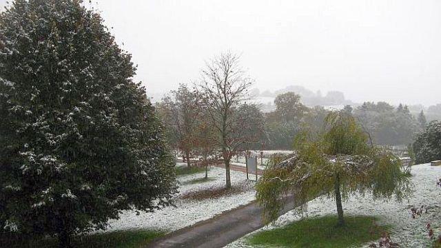 Neige à Paris cet après-midi. Neige_10
