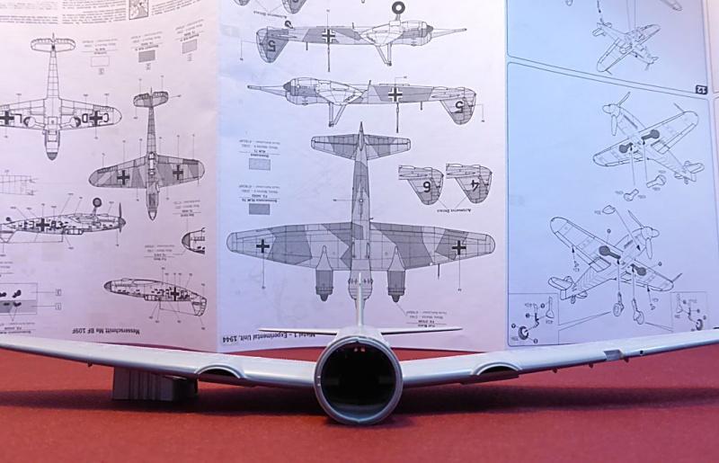 Diorama Mistel 1 - les préparatifs d'un grand BOUM Mistel47