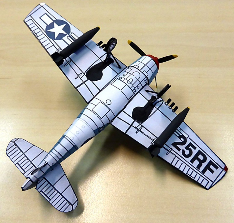 [PaperCraft] mes avions en carton échelle 1/60 Paperc24