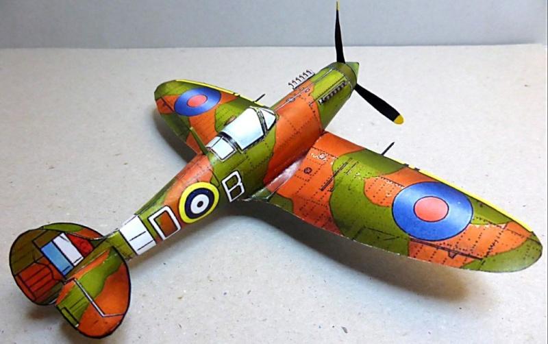 [PaperCraft] mes avions en carton échelle 1/60 Paperc34
