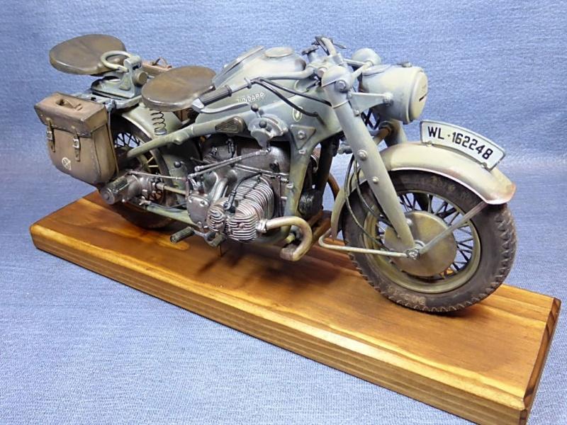 [Hobby Boss] - Curtiss P40 rénovation en Groupe Lafayette 1943  - Page 2 Zks75029
