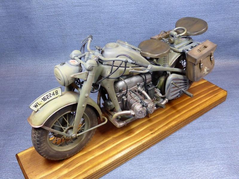 wla 750 1/9 italeri Harley Davidson   Zks75034