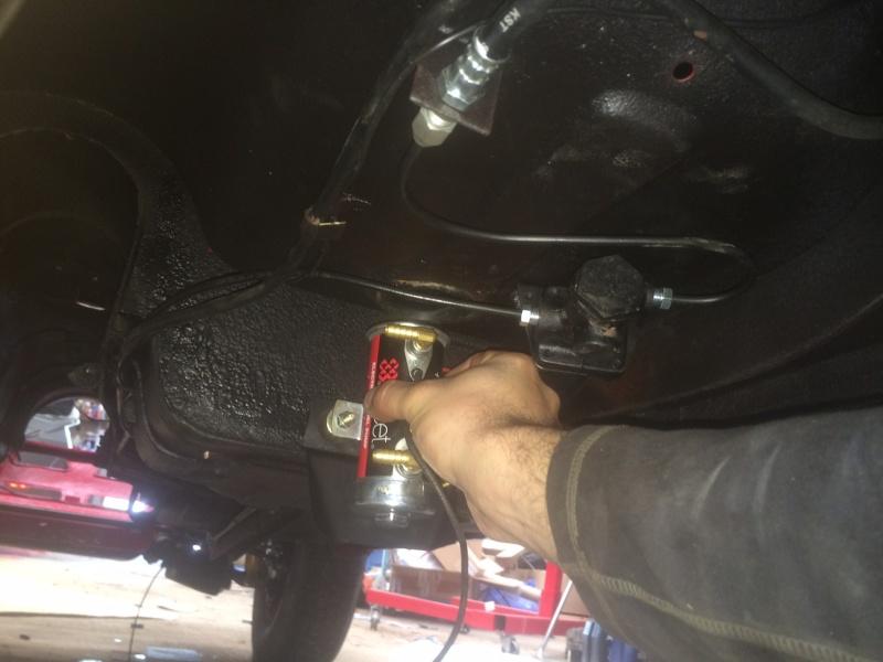 Installation pompe électrique avec relais. Image810
