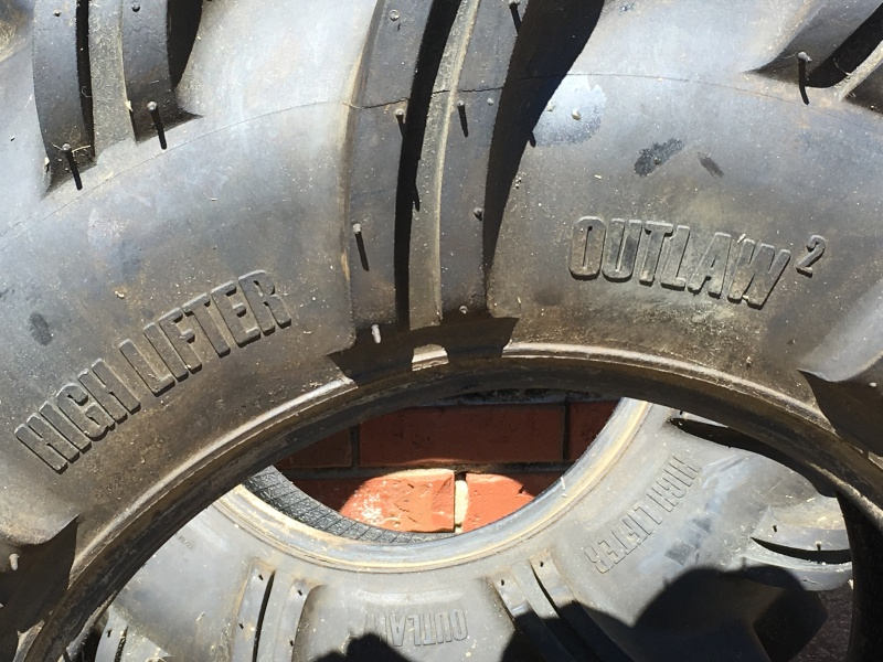 High Lifter OutLaw2 29.5/9.5/14 tires for sale Img_0215