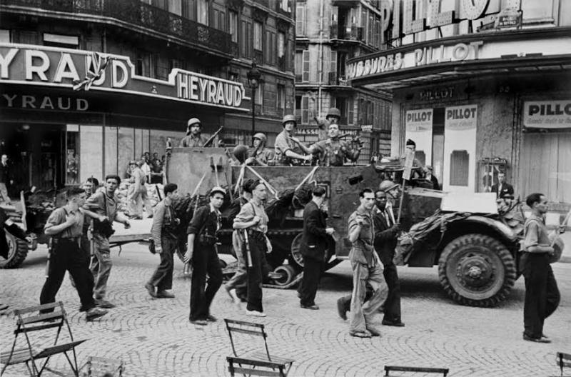lot photos liberation paris datée 26 aout  et 29 sept 1944 Ht_san10