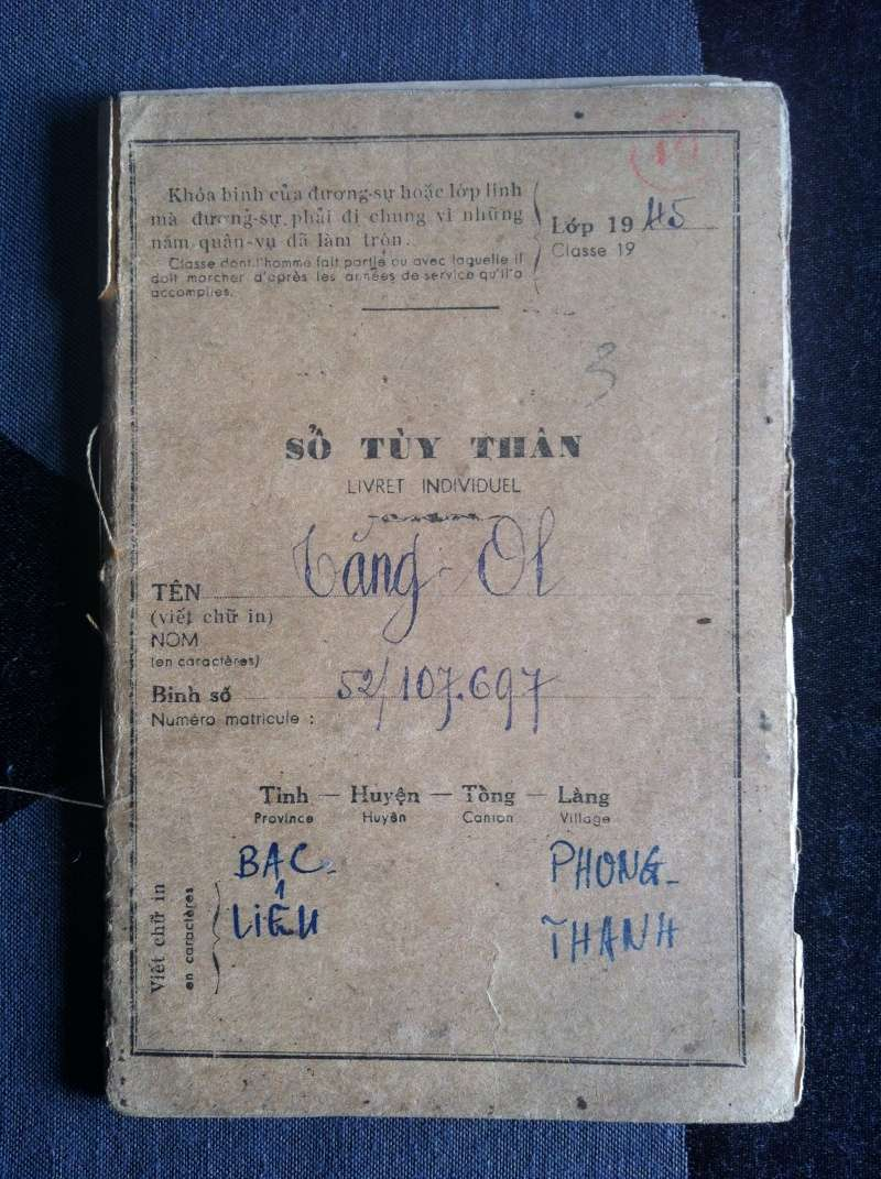 Livrets militaires Vietnamiens Img_5810
