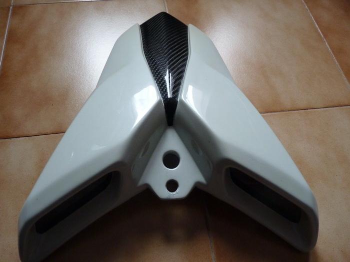 Vide Garage pour  TNT 1130 P1180311