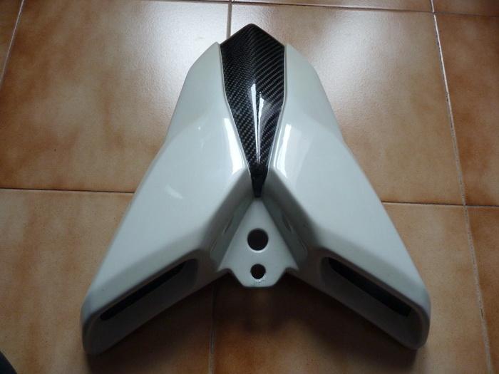 Vide Garage pour  TNT 1130 P1180314