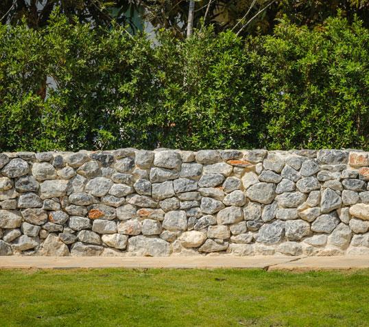 [Tuto] Réaliser des murets en pierres sèches Muret10