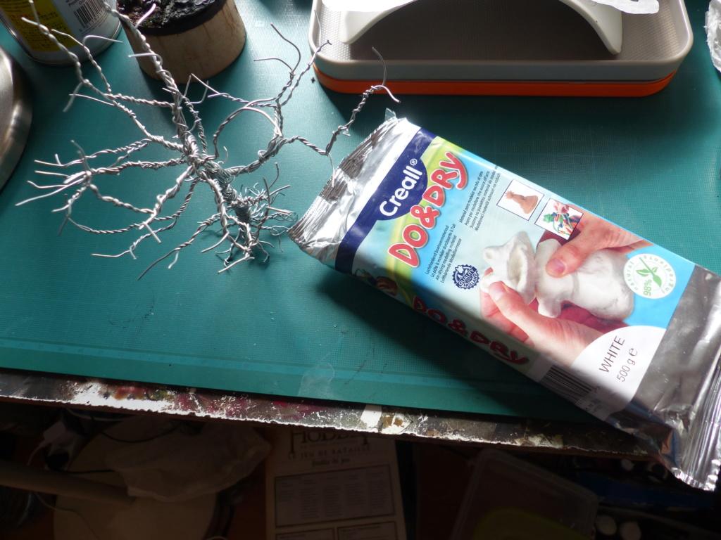 Fabriquer soi-même sa mousse synthétique (soclage, arbres) P1040717