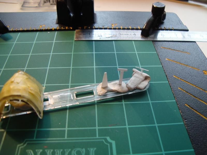 F4U-7 CORSAIR 1/48°  Enfin terminé!!! - Page 6 Dsc01719