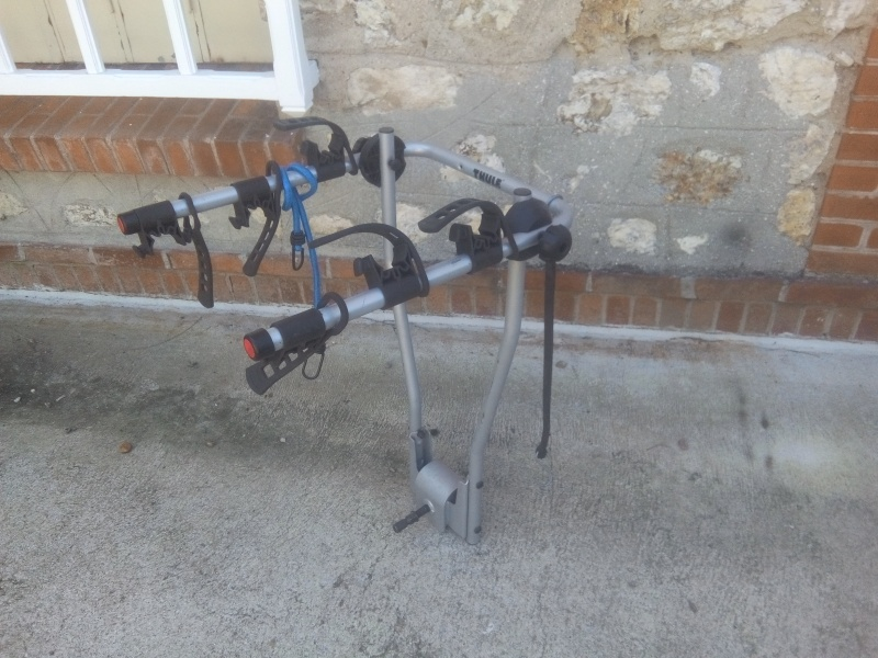 Porte vélo d'attelage Img_2011
