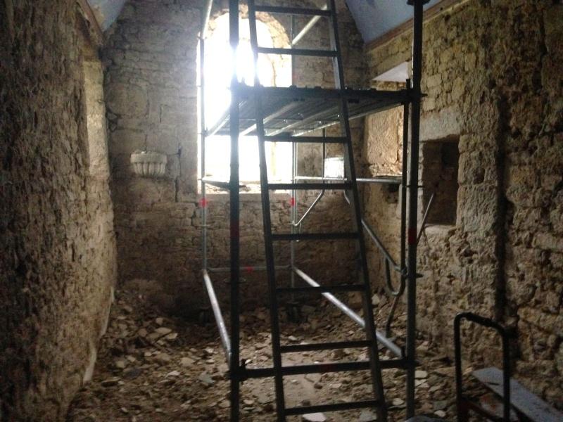 Restauration d'une Chapelle - Page 2 Img_4515