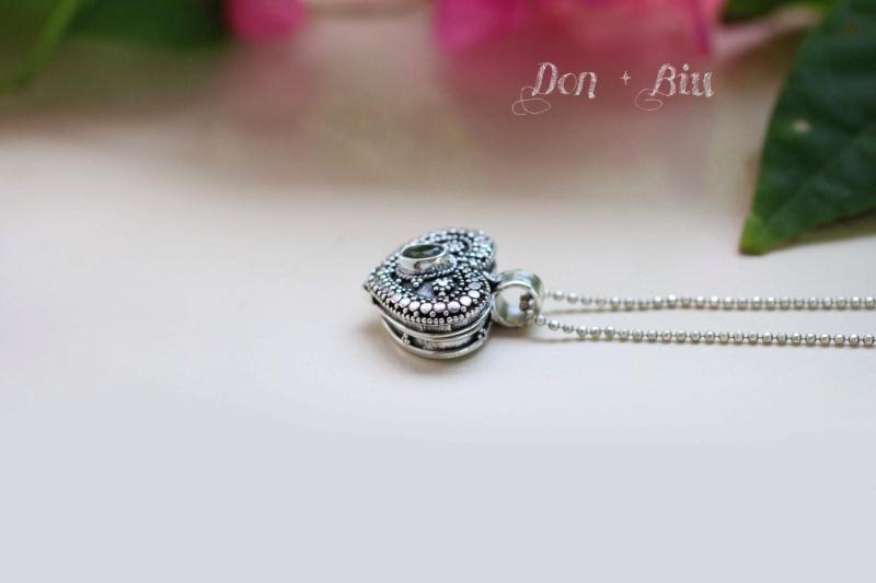Peridot Heart Locket Necklace Hl310