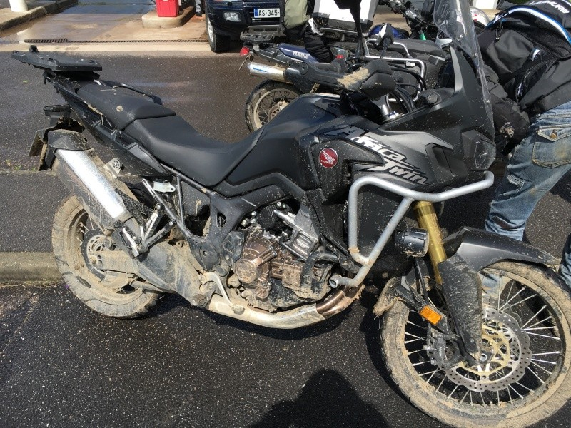 -2016- Album photo Africa Twin CRF 1000 - Page 4 Img_0011