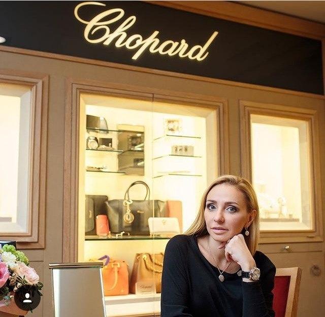 Татьяна Навка - официальный посол бренда Chopard - Страница 2 C8t9i510