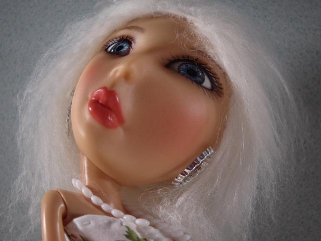 Funny selfies de mes dolls : Gabrielle, Brutus et Patafix Img_8115