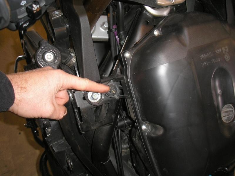 Tuto changement filtre à air et bougies 1200XTZ P4160023