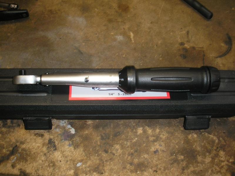 Tuto changement filtre à air et bougies 1200XTZ P4160042