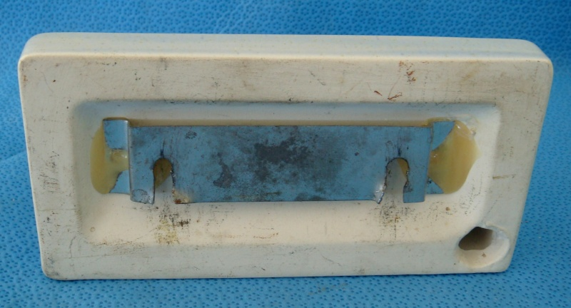 1231 Squared Toothbrush Rack Dsc00611