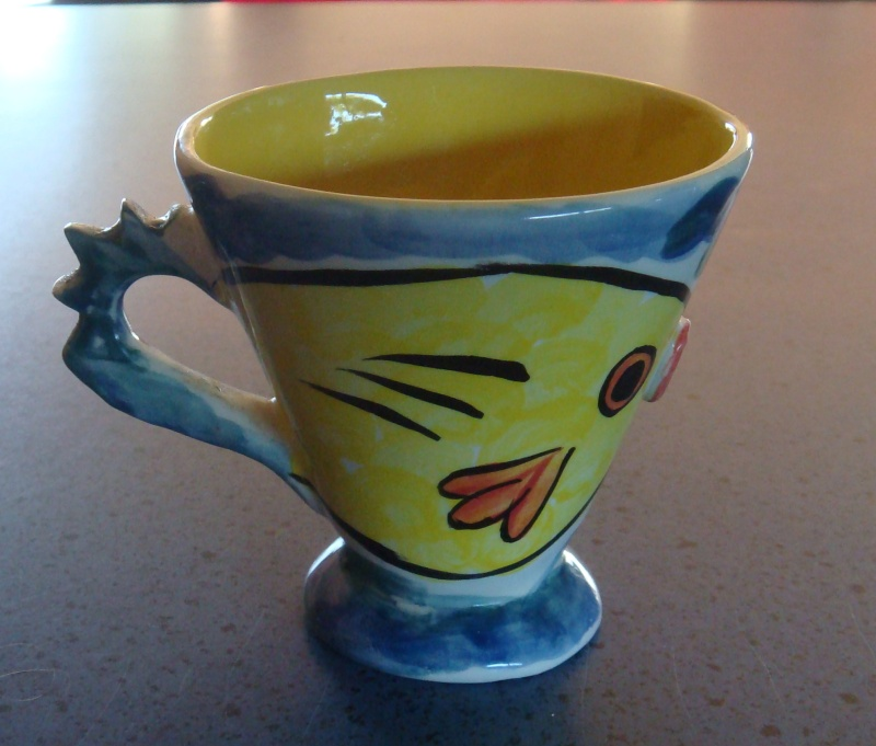 Veneto Ceramics of Kapiti ~ Fish mug by Audrey Dsc00712