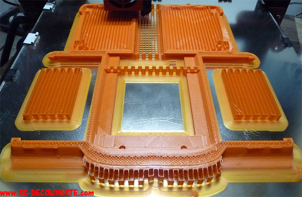 Camion Zil 131 6x6 impression 3D avec balancier totalement fait maison - Page 5 Camion35