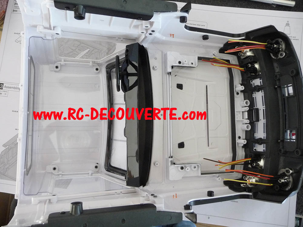 Montage carrosserie Toyota Land Cruiser LC70 Killerbody du Kit BRX01 Carros20