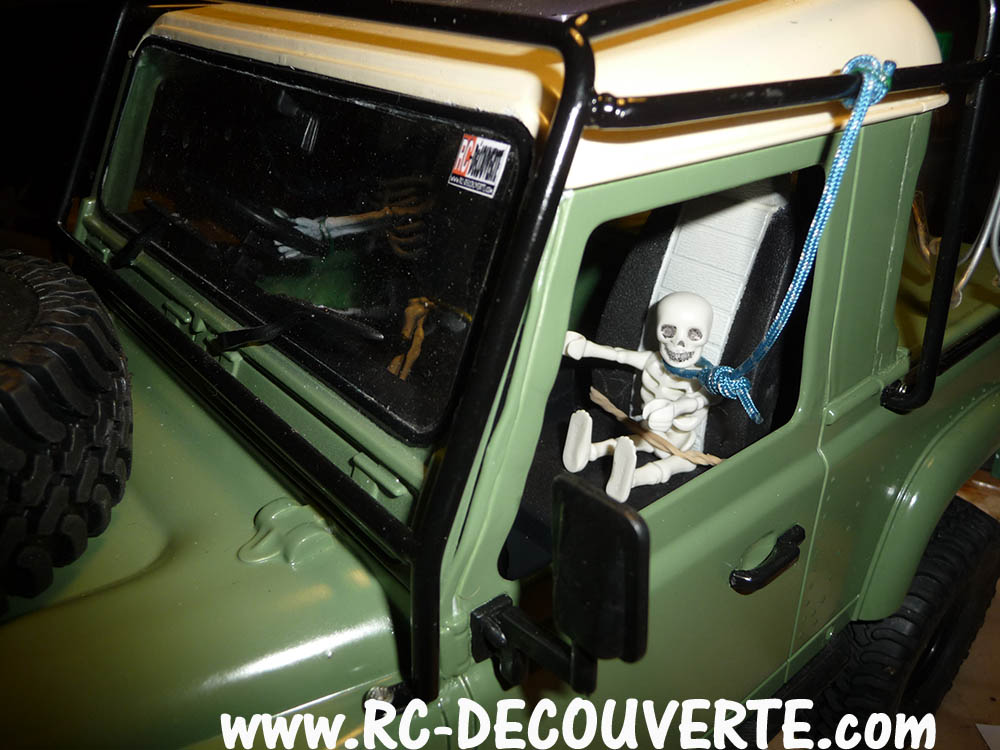 Fabrication Land Rover Pickup Defender D90 pour Léo - Page 7 D90-pi11
