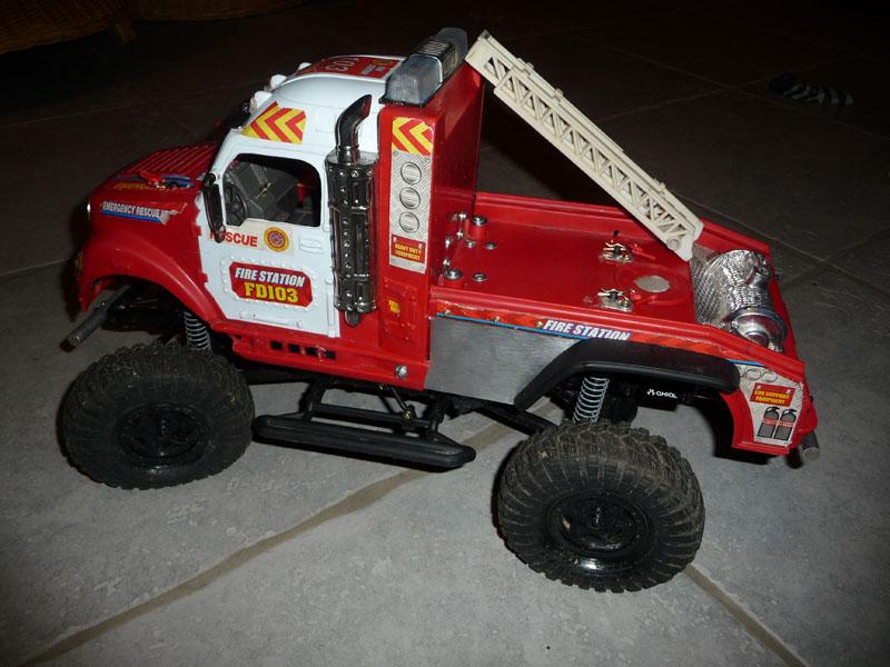 Mon camion de pompier SCFX RC Scale 1/10 Finiti10