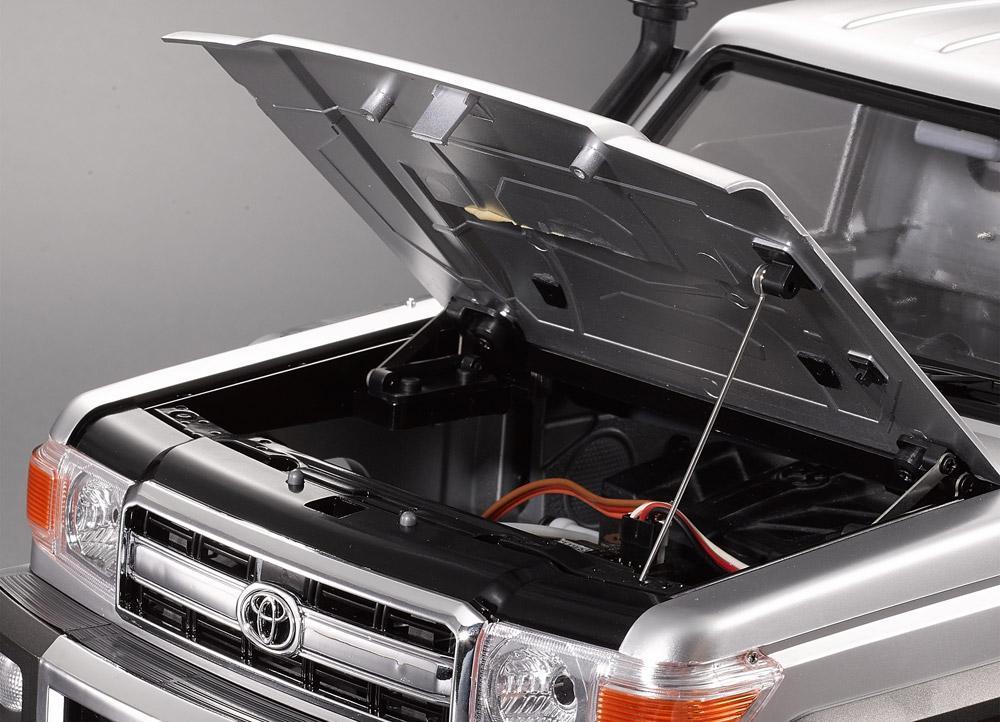 Montage carrosserie Toyota Land Cruiser LC70 Killerbody du Kit BRX01 Getpic10
