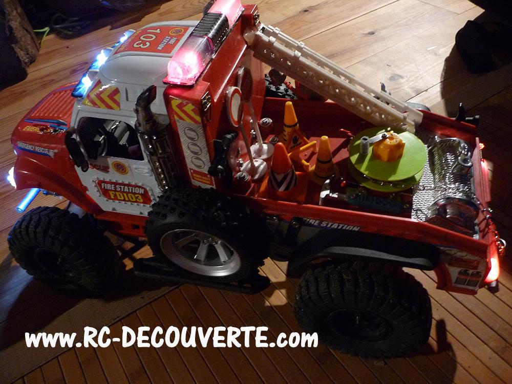 Mon camion de pompier SCFX RC Scale 1/10 Lumier11