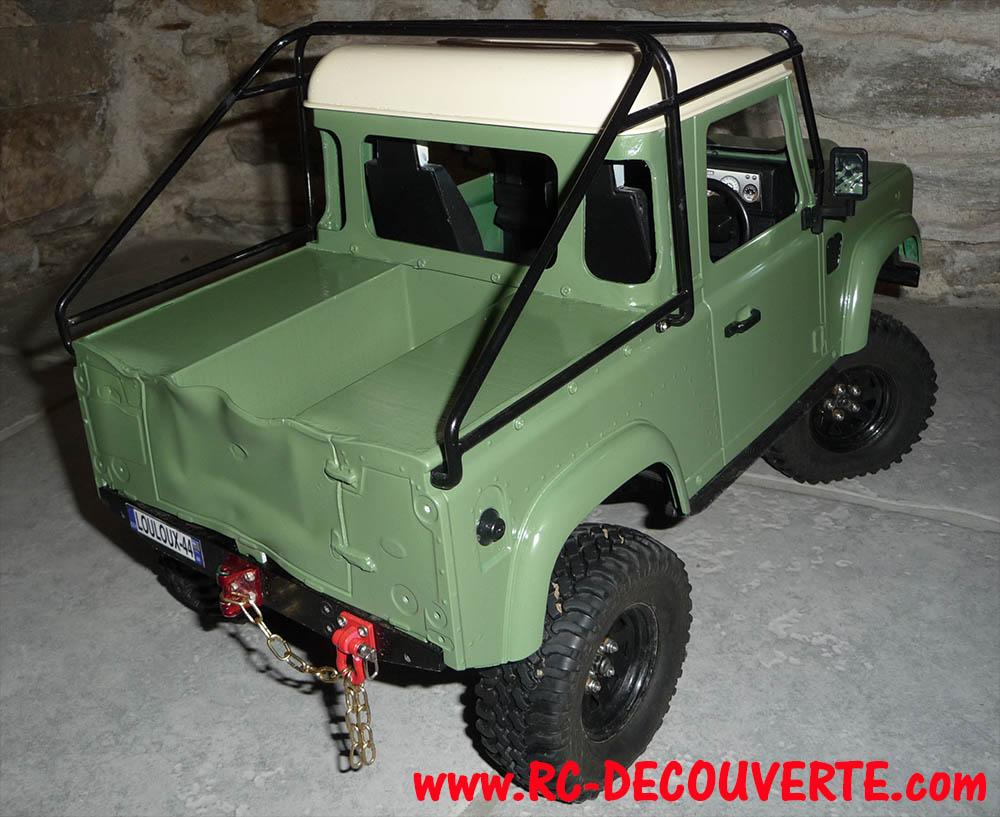 Fabrication Land Rover Pickup Defender D90 pour Léo - Page 6 Peintu19