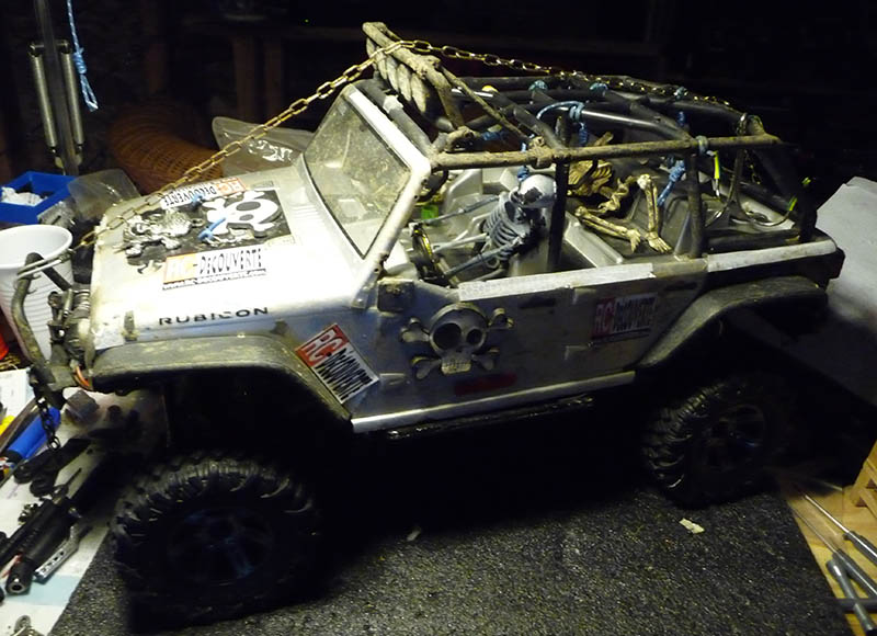 Toyota LC80 HDJ80 sur chassis Scx10 Toyota18
