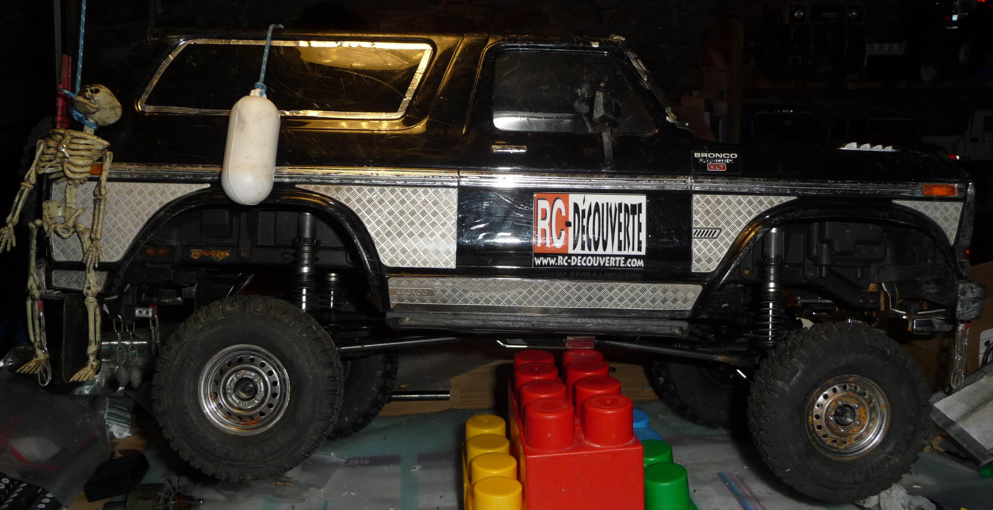 Test de différentes tailles et de styles de pneus et jantes sur Traxxas TRX-4 Bronco Trx-4-44