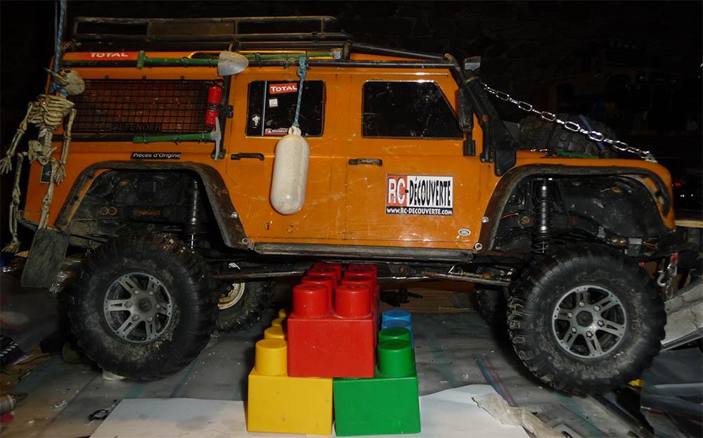 Test de différentes dimensions et de styles de pneus et jantes sur Traxxas TRX-4 Defender D90 Trx-4-50