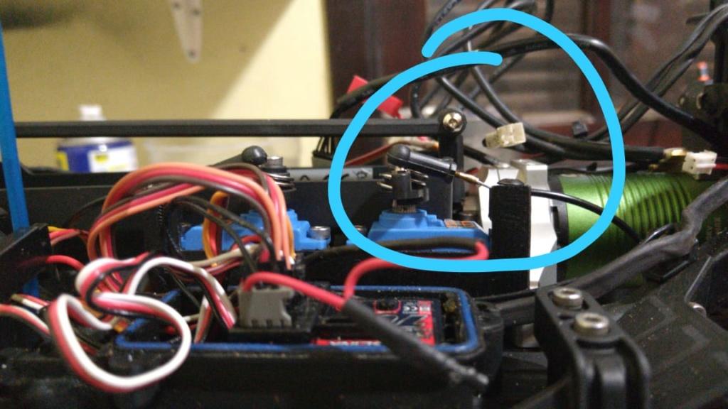 Micro servo en remplacement des 2065 du TRX-4 : différentiel et boite de vitesse - Page 5 Whatsa10