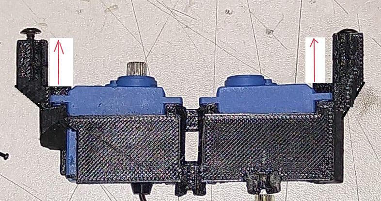 Micro servo en remplacement des 2065 du TRX-4 : différentiel et boite de vitesse - Page 6 Whatsa11