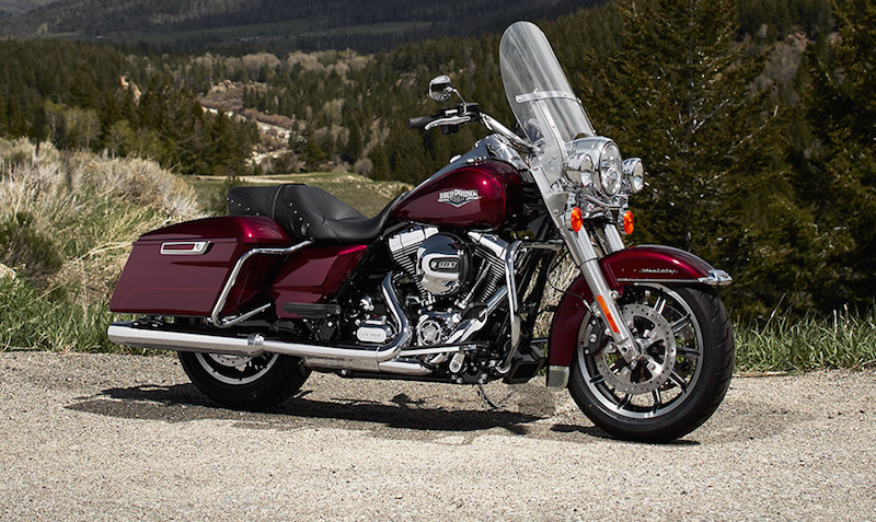 Transformer un Street Glide en Road King... ?? 14-hd-10