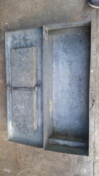 caisse de clops US WW2 et caisse à outils 1945 en acier zingué  20190526