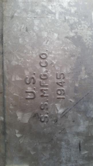 caisse de clops US WW2 et caisse à outils 1945 en acier zingué  20190611